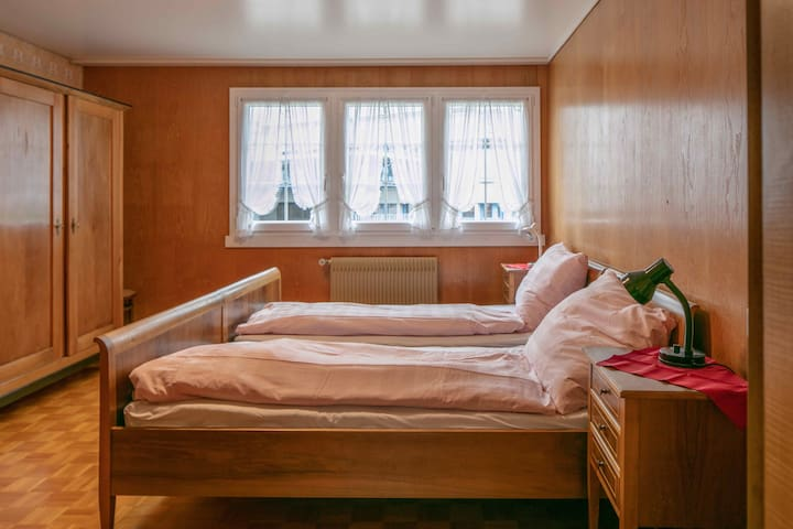 Elternschlafzimmer / Master Bedroom