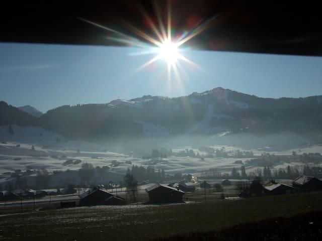 Swiss Chalet - Stunning view - Château-d'Oex - Lomamökki