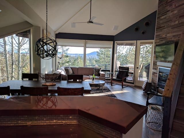 Luxury and Modern Mount Bachelor Village Condo - Bend - Pis