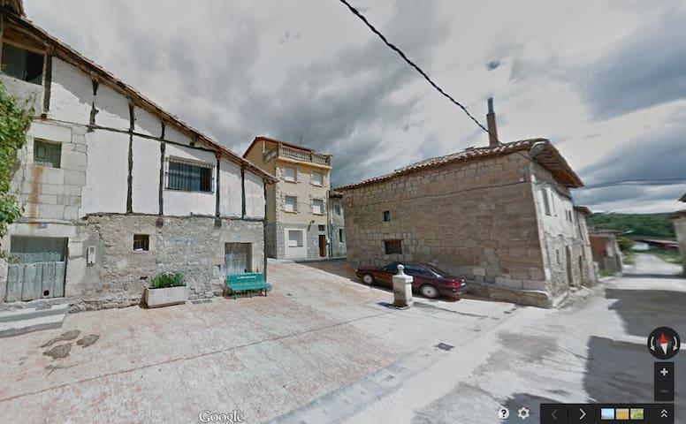 Casa La Bureba - Valdazo - Briviesca - Huis