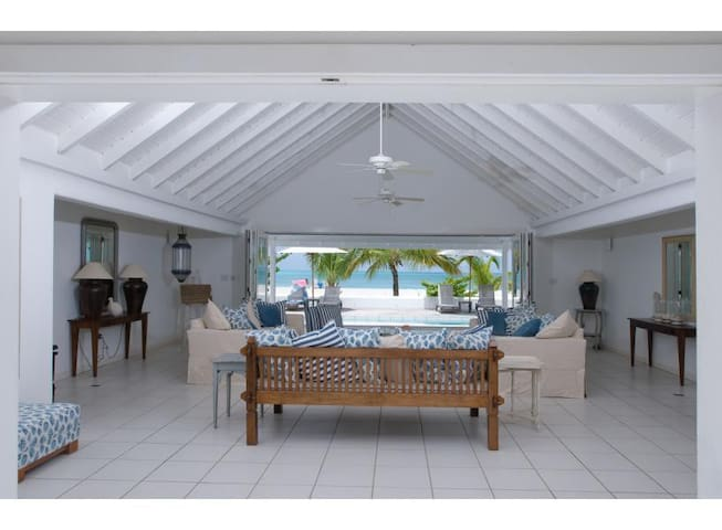Antigua White House - Beachfront! - Jolly Harbour - House