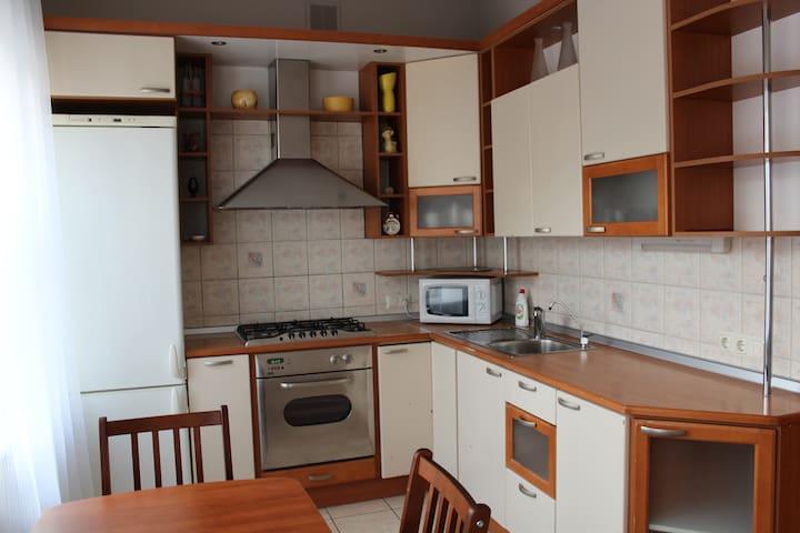 "Уютная 2-комн. квартирка на ""Техноложке"" + паркинг"