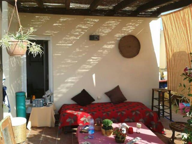 Habitación casa compartida, piscina - Turre