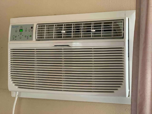 Hassle free heating and cooling includes a remote