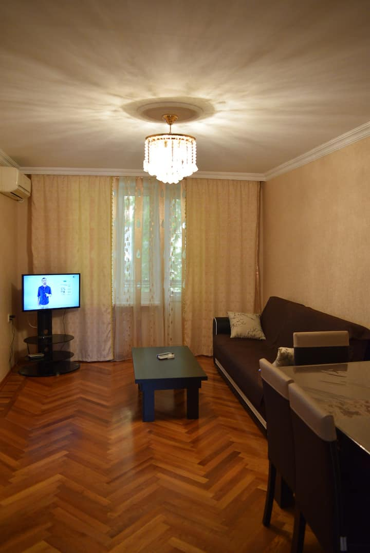 3 rooms Apartment in Baku near Flame Towers