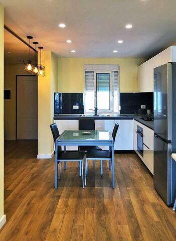 Kitchen&dinning area