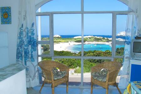 Sea Beach view apartment - 聖塔特雷莎加盧拉(Santa Teresa Gallura)