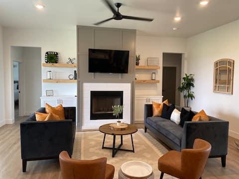 Simply Modern, Newly Built 2021 3 Bedroom 2Bath