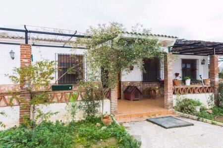 Casa de campo en Campanillas - Málaga