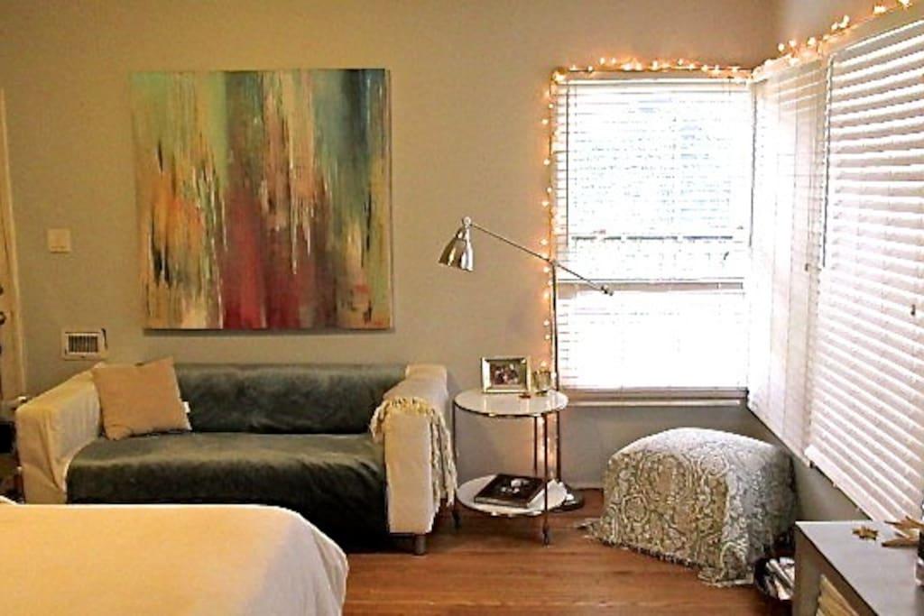 Studio Apartment -- simple, refreshing yet warm feeling apartment