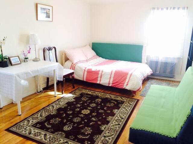 【New York Hostel 】 Warm Home - Queens - Villa