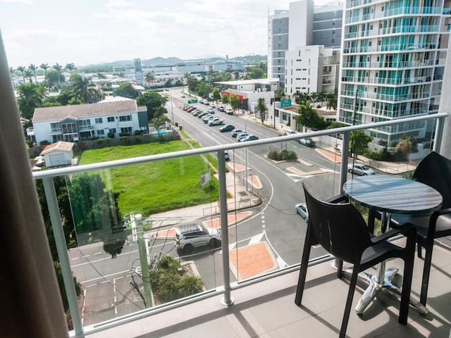 ★Amazing Views ★Self Contained Apartment