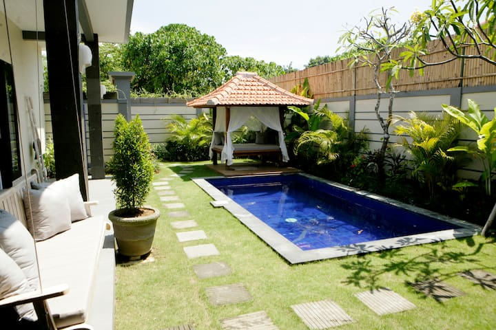Villa Cecilia *BEACH JUST 200m *LM 4-9APR USD 99 - Kuta Utara - Vila