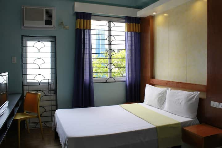 Leesons Residences-Superior Room