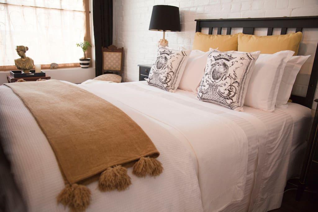 Chiltern Cottage and Indigo Suite Slumber