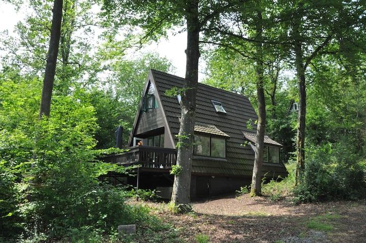 Prachtige, moderne ingerichte  bungalow.