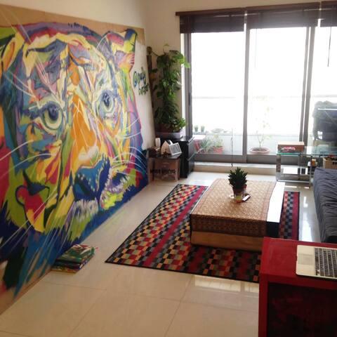 Spacious Central Art-Studio 1-bed Apartment - Dubai - Apartemen