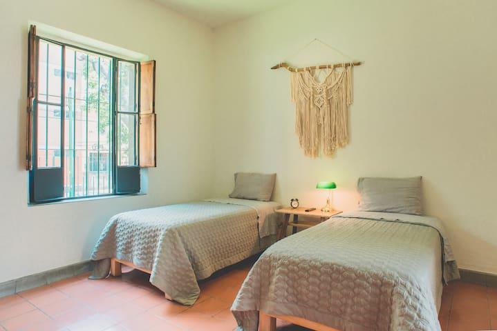 Casa boutique Pavón -bedroom 3- private bathroom