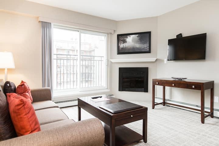 Canterra Suites Hotel, One Bedroom