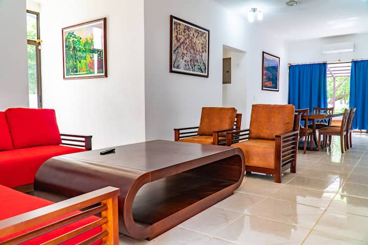 """Casa Pacifico 2 bed Apartment # 1 """"Butterfly"""""""