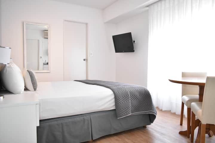 ★★★★★ Brand New Remodeled Suite Apt in Recoleta