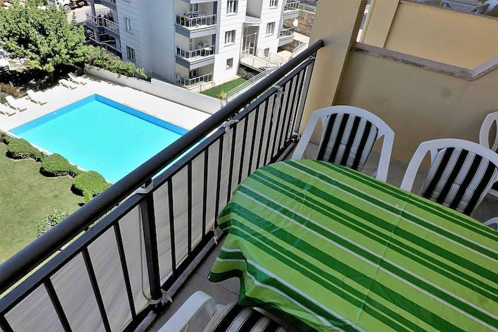 Large Apartment in the heart of Kusadasi WITH POOL