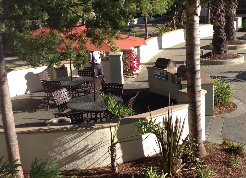 The complex has four gas BBQs around the pool on first come basis.