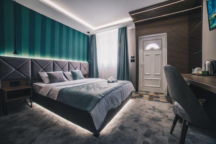 Boutique Luxury Apartment