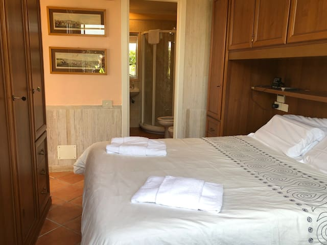 Double Bed room with private bath room