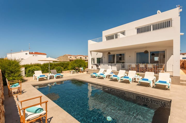 Amatista 4 bedroom villa, Cala'n Forcat