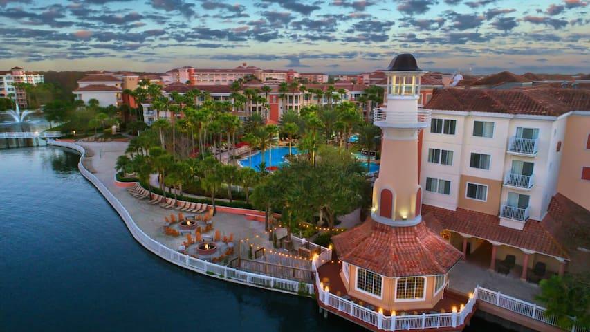 Lavish Marriott Vista Resort near Disney