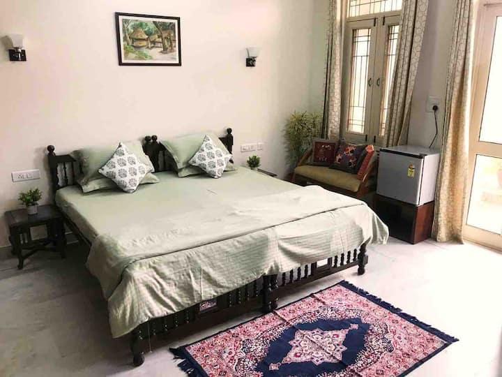 Very Nice Homes (Super Deluxe Room)