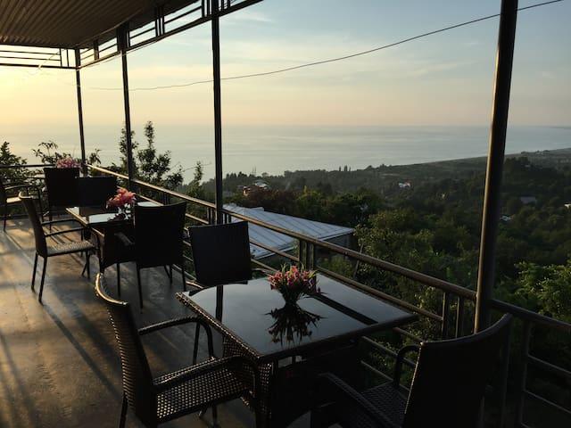Guest  house  Tsikishdziri