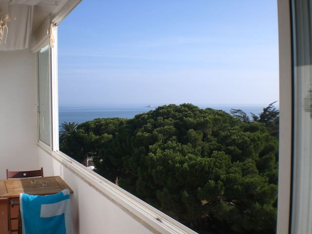 Charming apartment with sea view - Oeiras