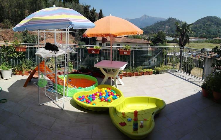 Una terrazza sui monti :) Casa LampeRini <3