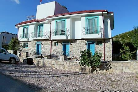 Villa Mimas I/denize 150 m-150 m to beach