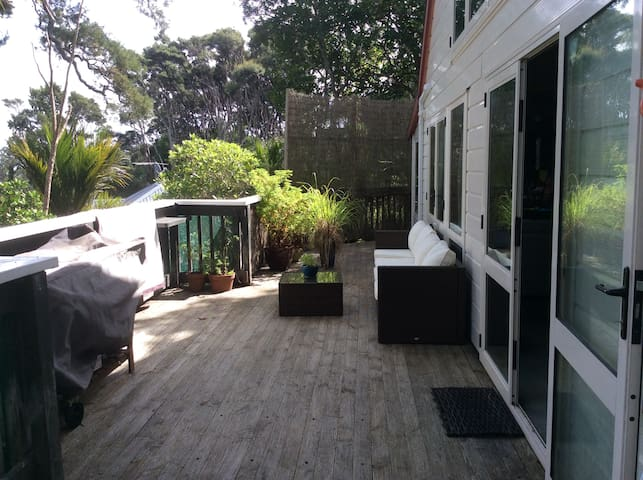 Nature loving, quiet and peaceful private home - Auckland - Ház