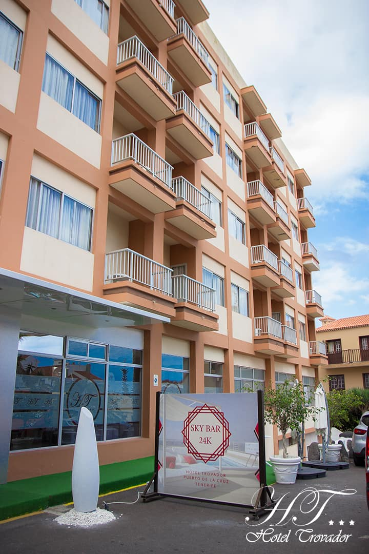 Habitación en el Hotel Trovador ( Larga Estancia)