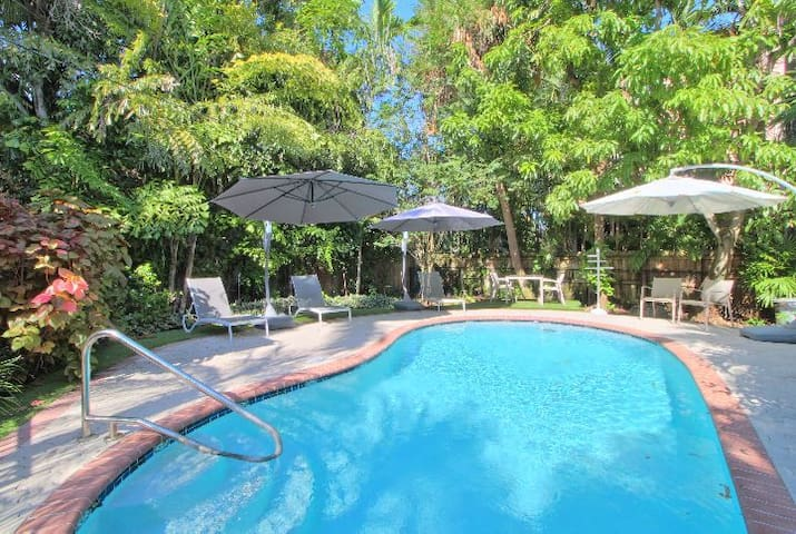 Perfect For You * Airport & Port * FLL * Pool