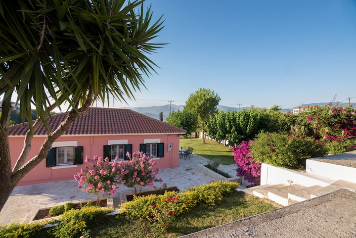 An excellent country house in Kefalonia