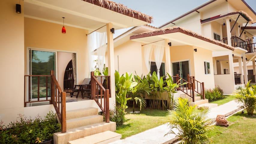 Coco Lilly - One Bedroom Garden View Villa