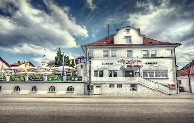 Doppelzimmer pro Zimmer 52.-€ - Rechberghausen - Casa