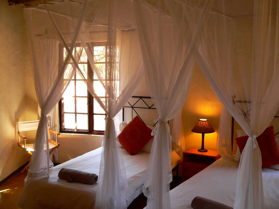 Bushbuck Cottage twin room