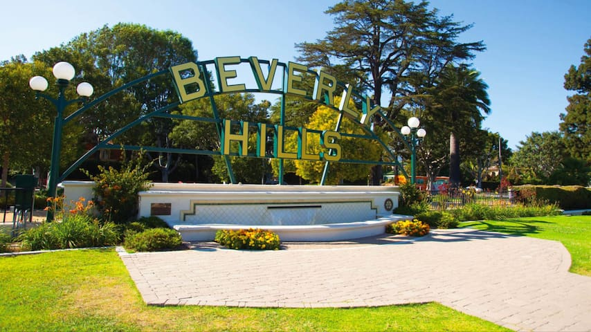 CONVENIENT STUDIO IN WESTWOOD/UCLA