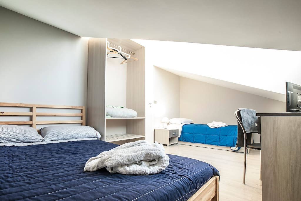 Vista notturna spettacolare chambres d 39 h tes louer for Chambre d hote italie