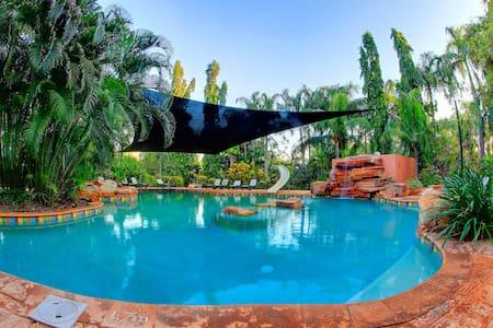 Habitat Resort Broome - Minyirr