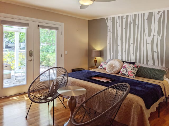 Downtown Paso Robles Studio - Short or Long Stays