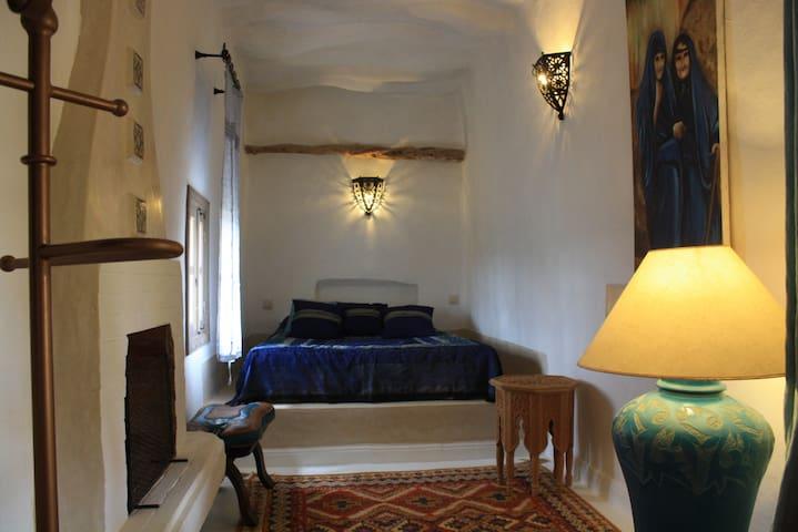 """chambre """" bleue"""" riad el koudia - El Koudia - Bed & Breakfast"""