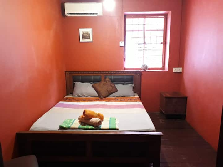 Double Room 3 at Threehouse B&B