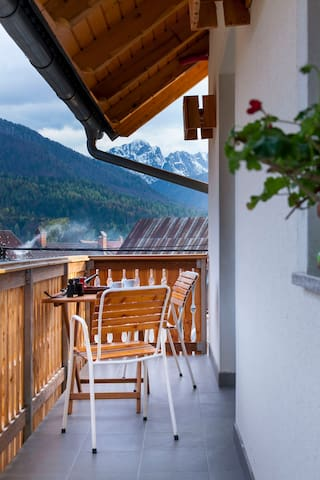 Apartment in a charming village closest to Planica - Rateče